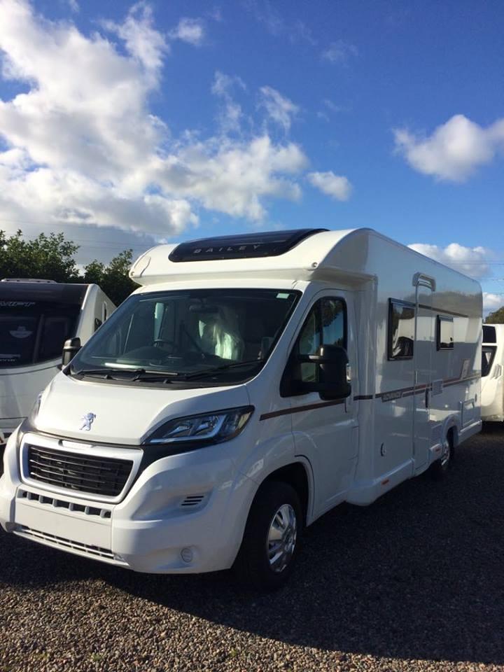 Motorhome Hire Scotland | Wallace Caravans (Kirkcaldy)